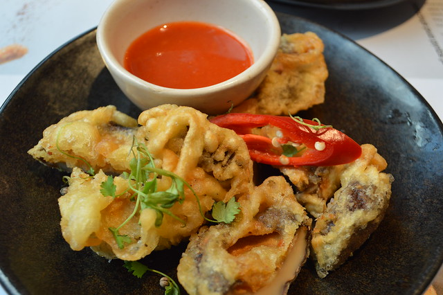 This is a picture of stuffed tempura mushrooms & chilli squid