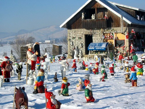Garden gnomes, Gura Humorului, Romania