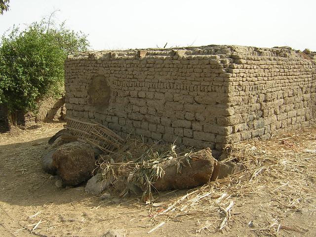 Ancient Egyptian Mud Brick Houses