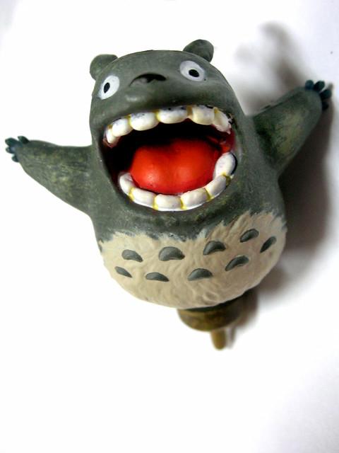 totoro teeth