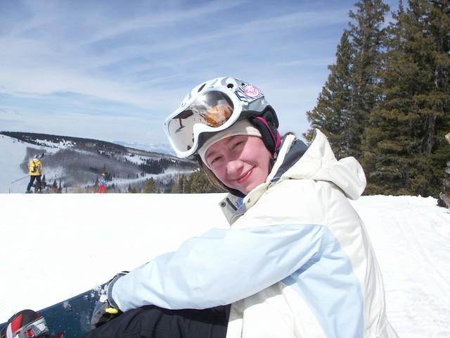 Ang at Beaver Creek, Colorado with @BGoldy, @BenYaffe and family. March 29, 2006