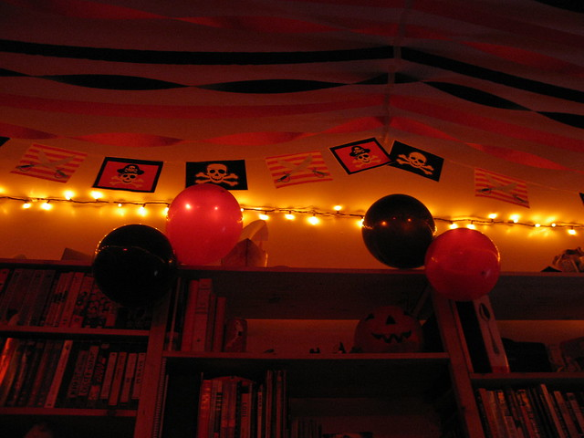 Party decorations flickr photo sharing for R b party decorations