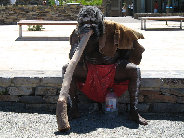 The didgeridoo player