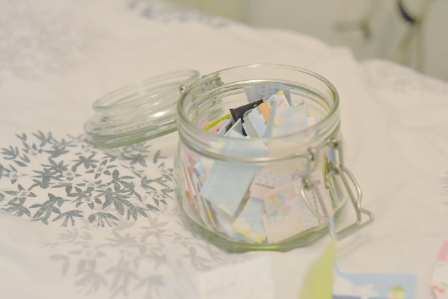Daisybutter - Hong Kong Lifestyle and Fashion Blog: starting a jar project, memory jar project, DIY memory keeping ideas
