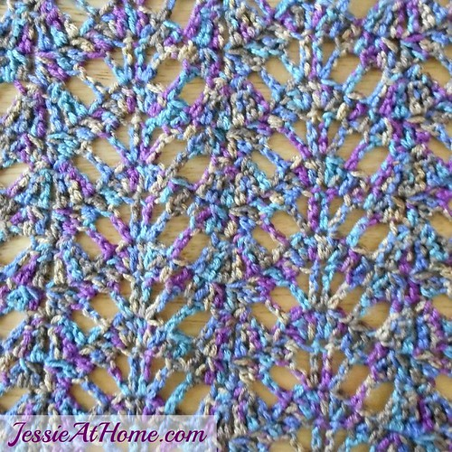 Lucy-Free-Crochet-Pattern-by-Jessie-At-Home-Close-Up