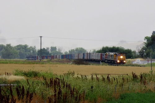 Shortly after a passing shower, C507+RL305+RL304+BRM001 haul Sydney bound #8178 additional Fletchers service from Dubbo through Perthville, NSW (1)