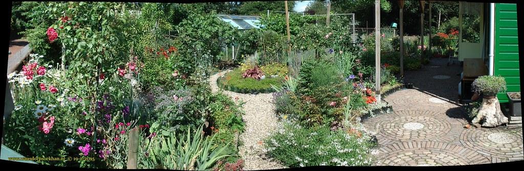 Panorama van onze tuin
