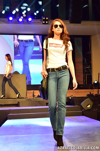 Live in Levis PH event features - Levi's® Women's Denim Collection for Fall 2015