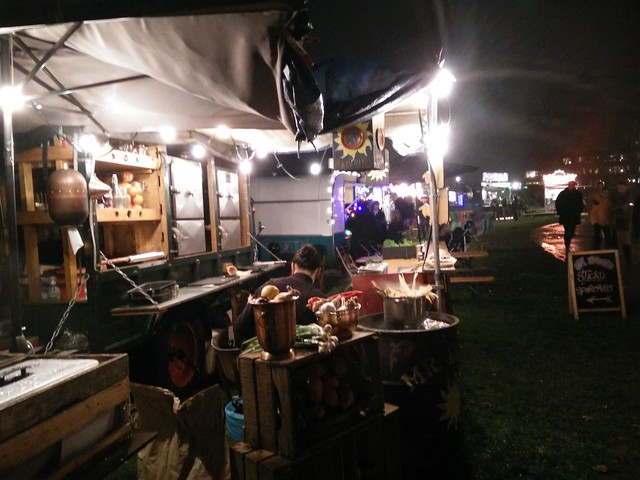 2016-12-10_LUST Food Truck Festival_GB (2)