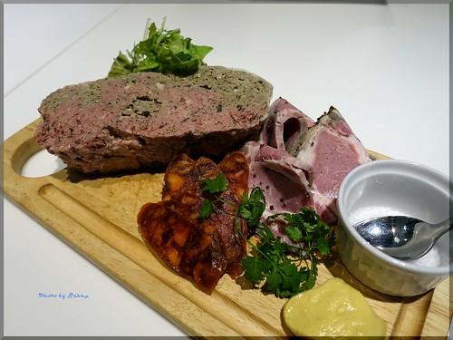 Photo:2016-12-20_T@ka.の食べ飲み歩きメモ(ブログ版)_お肉の研究所で肉とワインを楽しみましょう!【田町】 肉LABO_03 By:logtaka