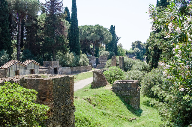 20150519-Pompeii-Necropoli-di-Porta-Nocera-0565