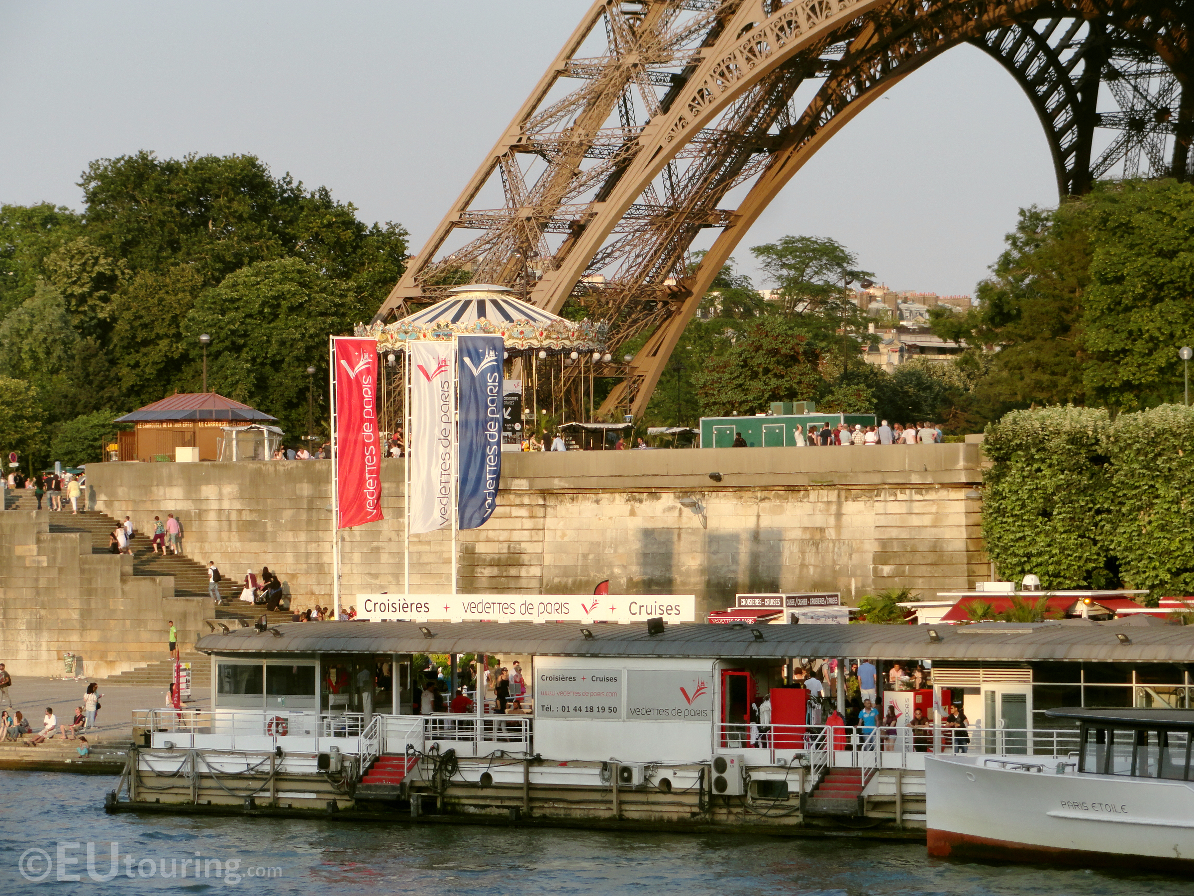 Vedettes de Paris dock