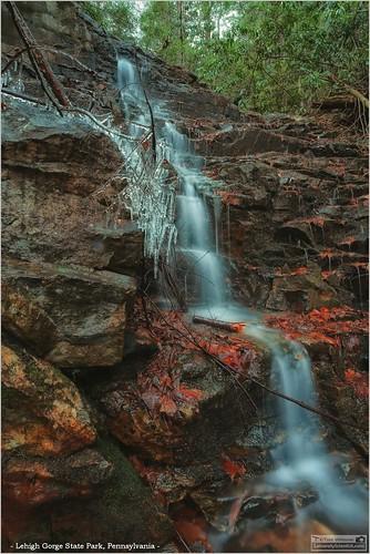 tomwildoner lehighgorgestatepark pennsylvania lgsp waterfalls ice winter january 2017 canon canon6d hike walk outdoors nature environment water flowing rocks climb
