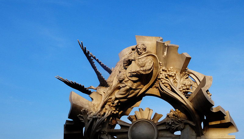 Chmelnytskyj / Хмельницький (Ukraine) - Monument on Maidan