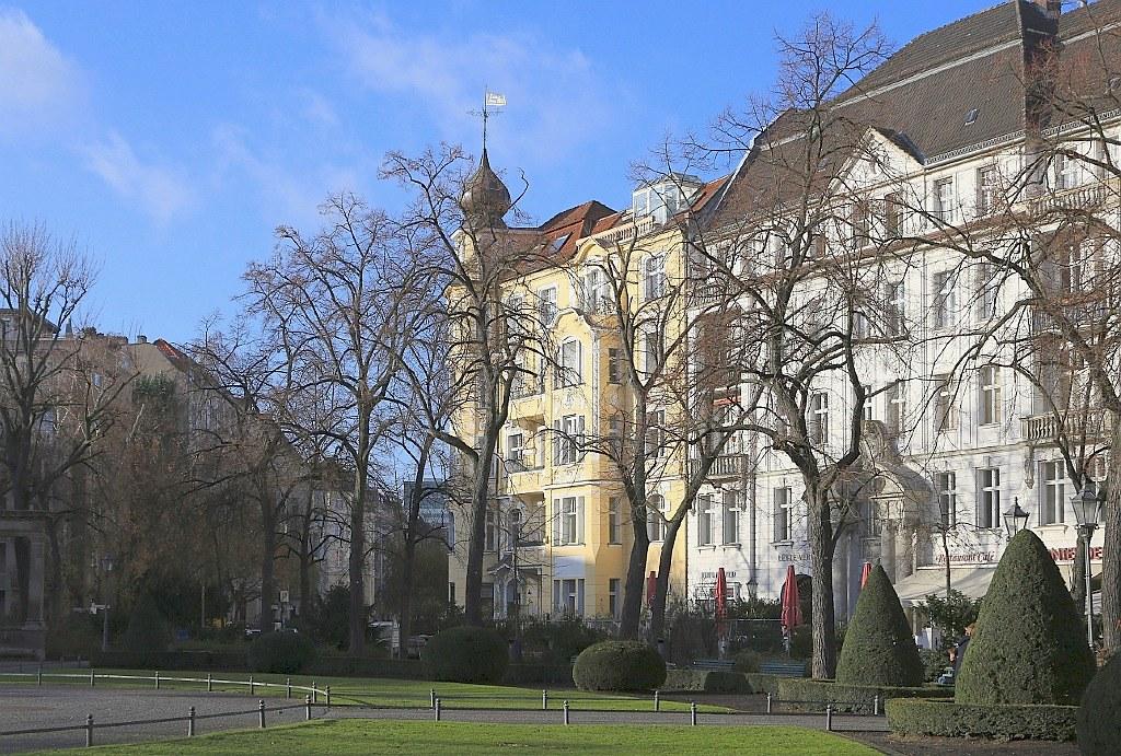 Viktoria-Luise-Platz, Berlin Schoeneberg, Germany, fotoeins.com