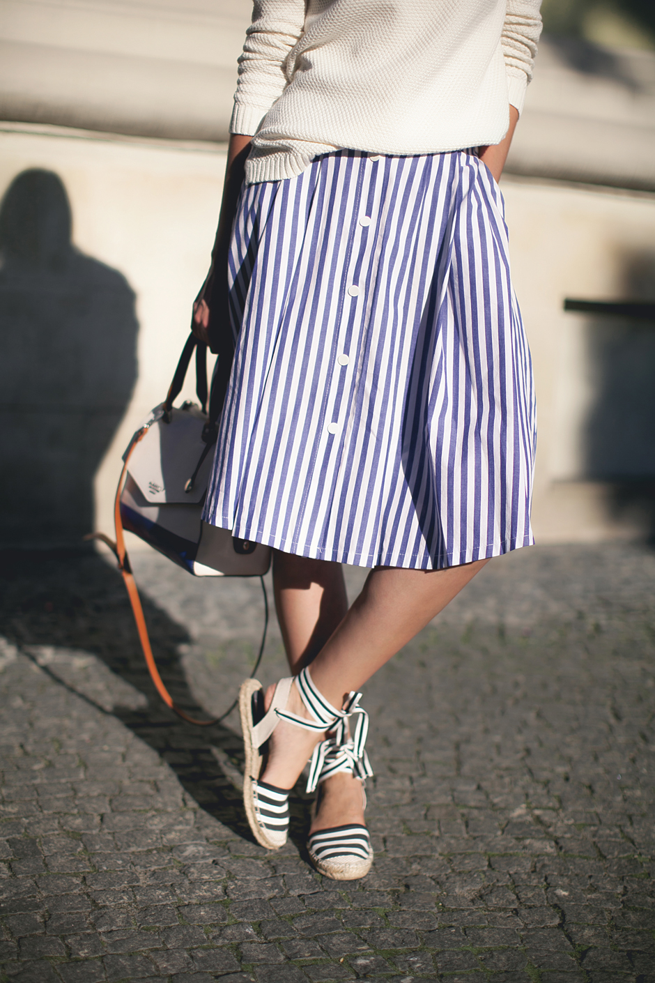 striped-midi-skirt-street-style