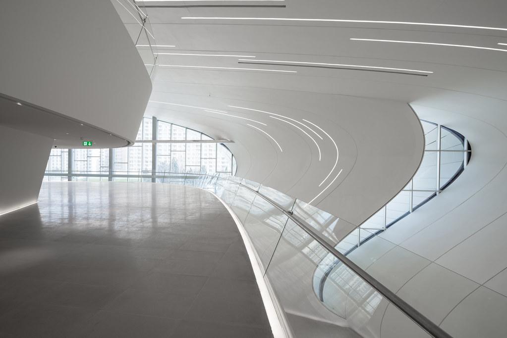 Heydar Aliyev Center, Baku. Arch. Zaha Hadid, 2013