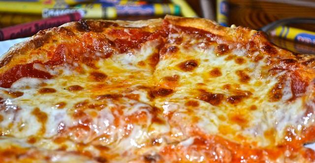 kids pizza - Solcstice Restaurant - Stowe Mountain Lodge, Vermon