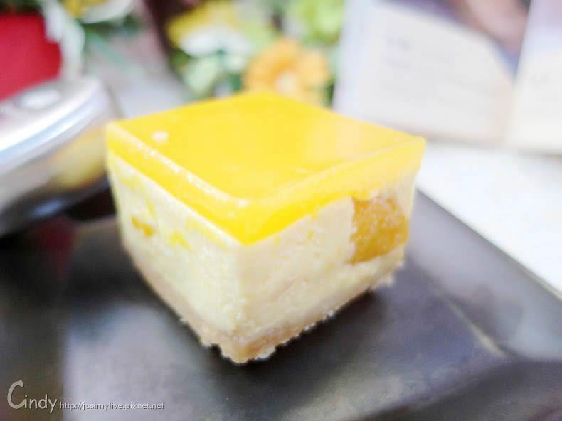CheeseCake1 新口味 曼波五號 愛文芒果搭配自然熟成乳酪的夏日絕妙口感