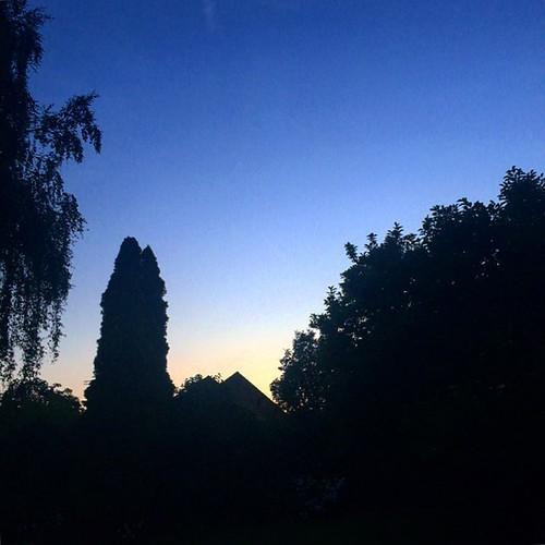 Coucher de soleil à Avin...