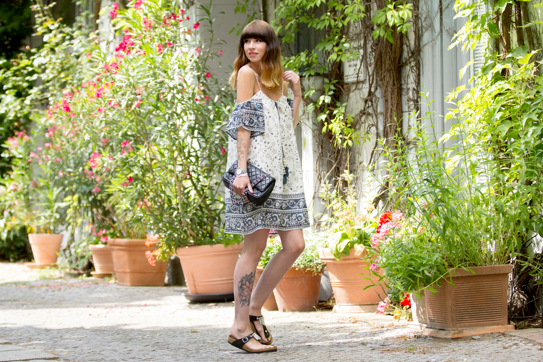 outfit dress love sam shopbop chanel double flap 2.55 bag birkenstock silver black summer sunny berlin cats & dogs blog ricarda schernus 6