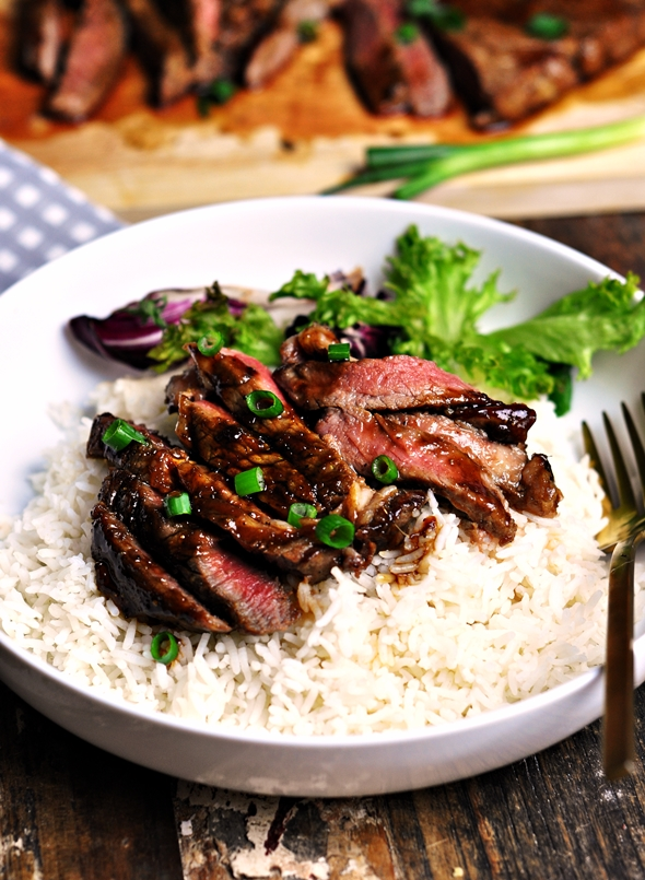 Ginger & Garlic Soy Caramelised Steak | www.fussfreecooking.com