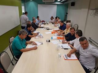 Paulinho da Força participa de reunião com centrais e Dieese