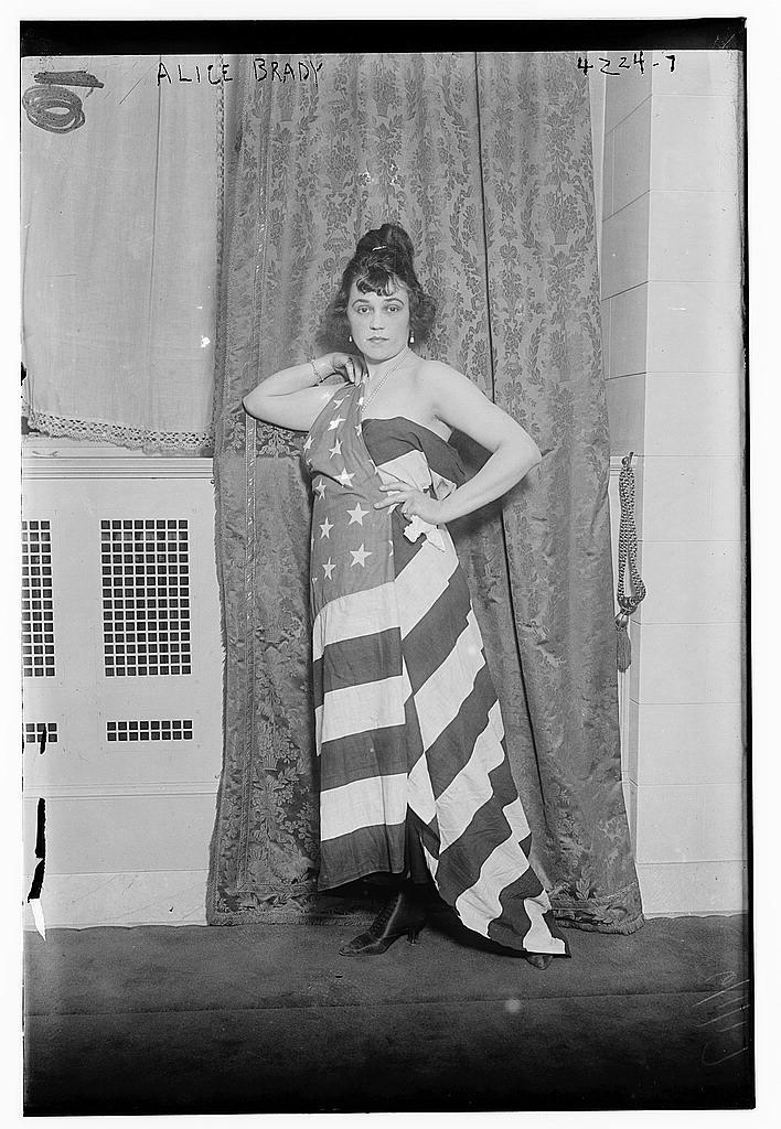 Alice Brady [draped in Old Glory] (LOC)