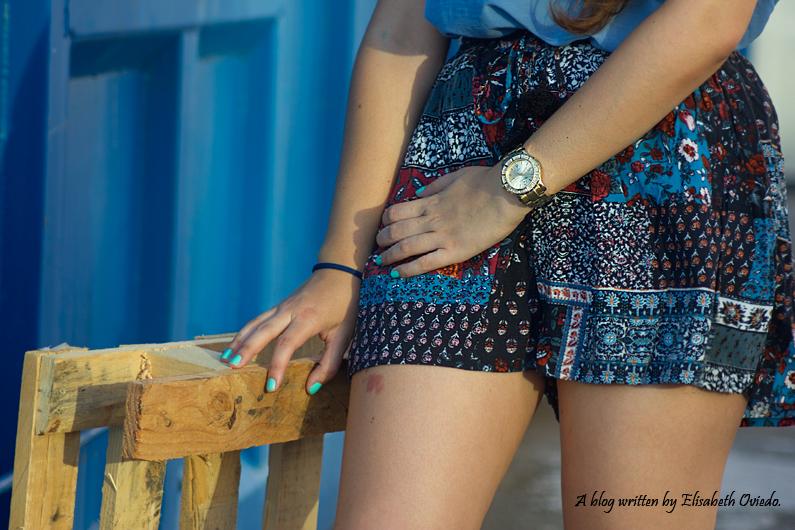 falda azul STRADIVARIUS HEELSANDROSES (1)