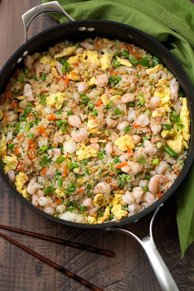 Shrimp-Fried-Rice-Easy Shrimp Fried Rice - 15 minutes and so flavorful that you'll never order TAKEOUT ever again! #friedrice #shrimpfriedrice #quickfriedrice | Littlespicejar.com