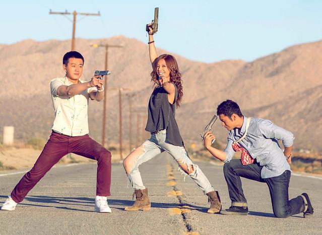 hollywood adventures main cast