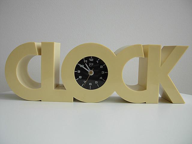 CLOCK ISIS, Nikon COOLPIX P3