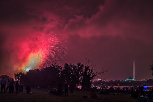 Washington, DC July 4th Fireworks Finale by Geoff Livingston