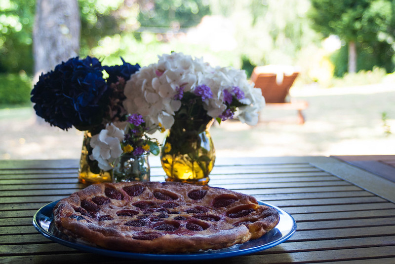 Clafouti de fresas y frambuesas