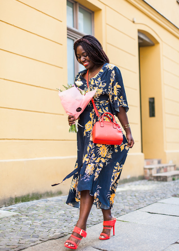 lois-floral-13 fashion week street style