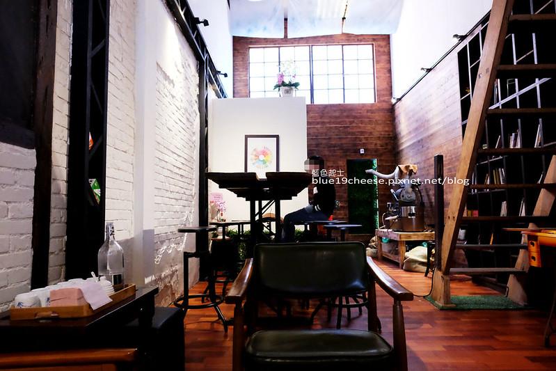 32272642932 7bae56b9ec c - Toyohara Coffee Roasters-豐原日據時期百年老建築.有著對老宅和咖啡的熱愛熱情.台中豐原老屋老宅咖啡館.豐原火車站商圈