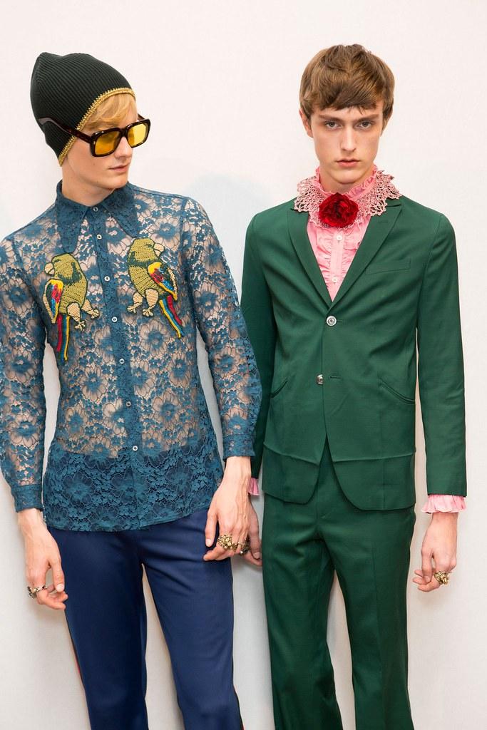 Jesper Trip3051_SS16 Milan Gucci_Knut Roertveit(fashionising.com)
