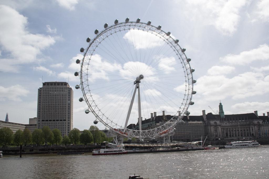 London (44)