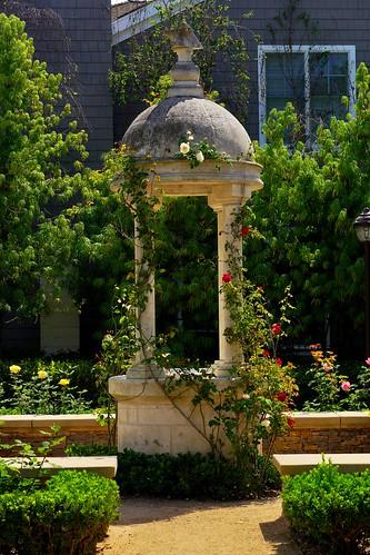 Gardening pavilion --2