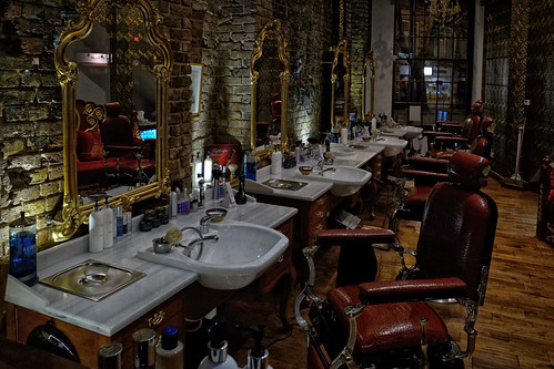 Barber in Oxford Street, London
