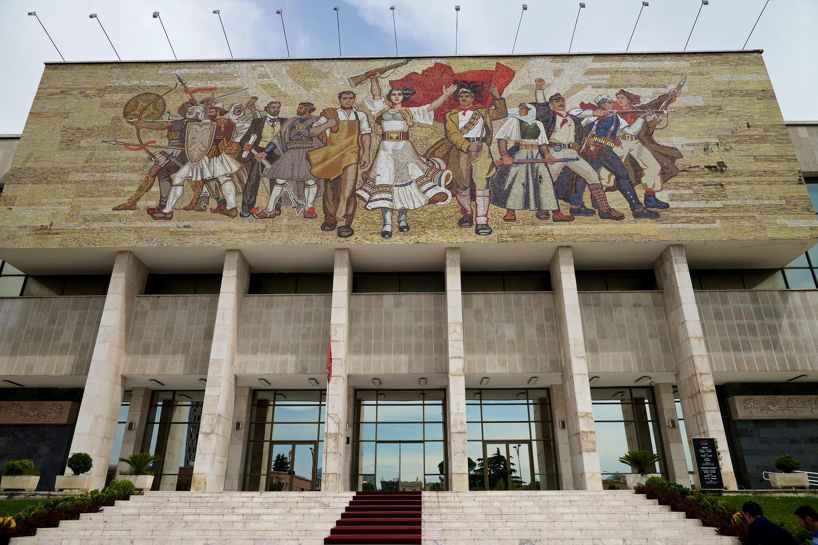 tirana national history museum ile ilgili görsel sonucu