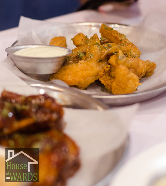 Dine 'n Dash Classic Party wings with Bleu Cheese - Php279.00