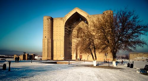 turkestan kazakhstan snow mausoleum death monument blue mausoleumofkhojaahmedyasawi khoja ahmed yasawi 20161130