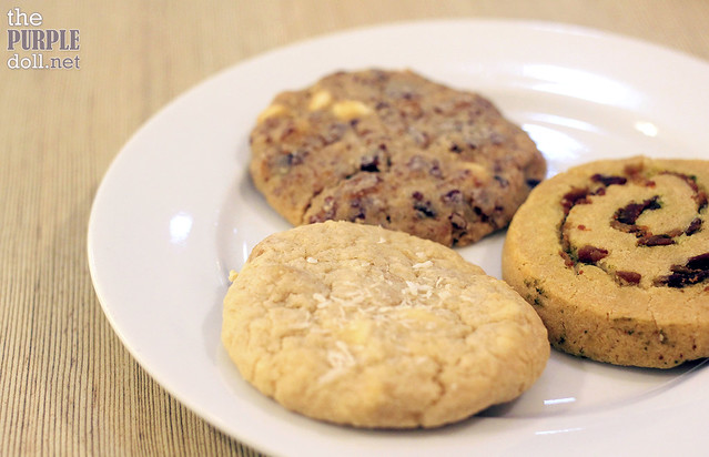 Coco Medley Cookie, Chunky Macadamia Bacon Cookie, Pesto Cookie Twist (P59 each)