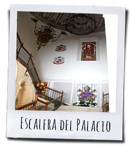 De keizerlijke trap van het bisschoppelijk paleis in de stad Murcia