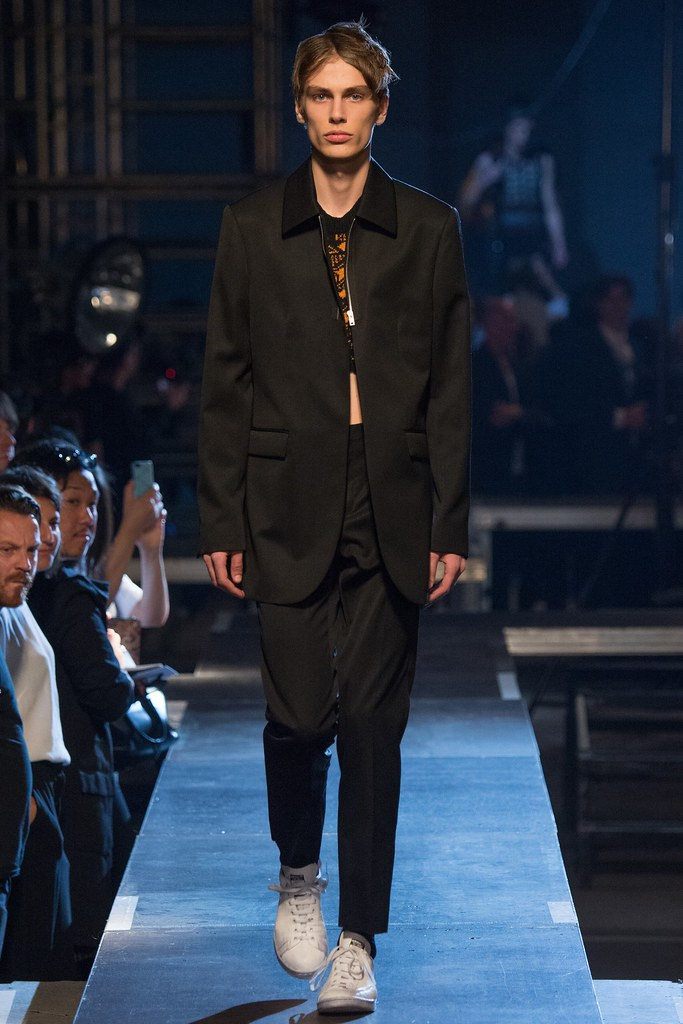 Marc Schulze3254_SS16 Paris Raf Simons(VOGUE)