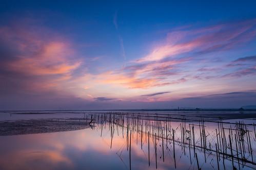 sky cloud sunrise canon reflections dawn angle wide wetlands taichung oyster lr fiery racks 高美溼地 台中 6d 日出 高美 gaomei 倒影 黑卡 火燒雲 nd8 晨 廣角 蚵架 蚵田 晨彩