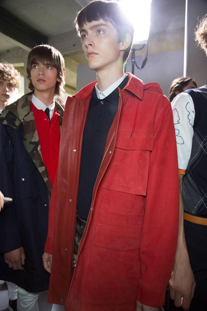 Jesper Trip3066_SS16 Paris Dior Homme(fashionising.com)