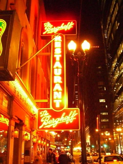 Chicago Berghoff Restaurant Closing