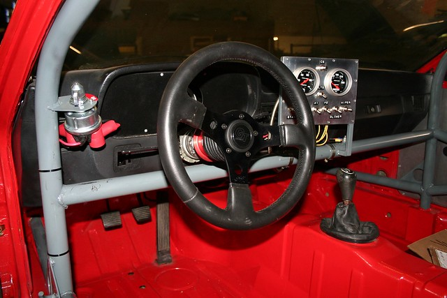 Racing porsche 924 interior 2 flickr photo sharing for Porsche 924 interieur